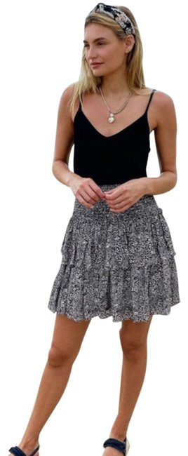 Item - Black Jennalyn Ruffle Tiered Skirt Size 6 (S, 28)