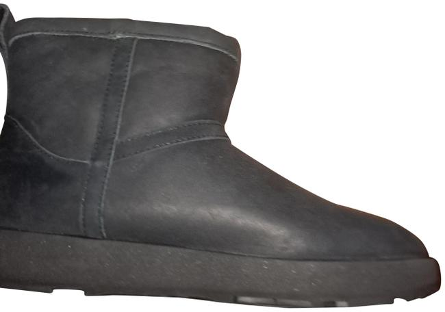 Item - Black Classic Mini Boots/Booties Size US 9 Regular (M, B)