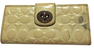 Coach Yellowish White Clutch