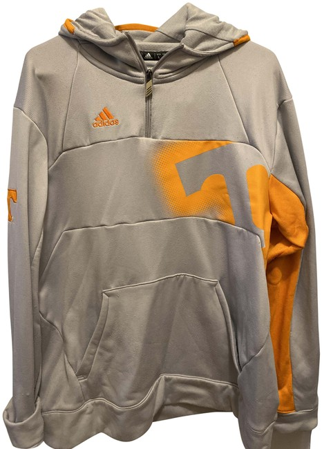 Item - Grey Tennessee Activewear Size 12 (L)