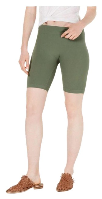 Item - Green Women's Seamless Rib Stretch Bike Shorts Size 4 (S, 27)