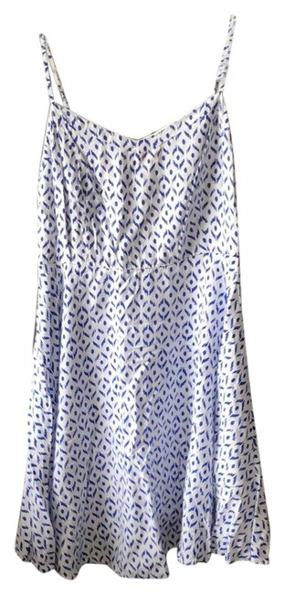 Item - White with Blue Pattern O Short Casual Dress Size 12 (L)
