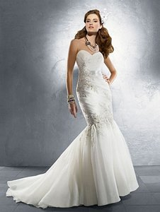 Alfred Angelo 2219 Wedding Dress
