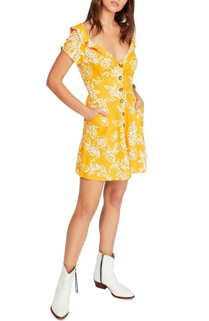 Item - Yellow Thing Called Love Mini Short Casual Dress Size 12 (L)