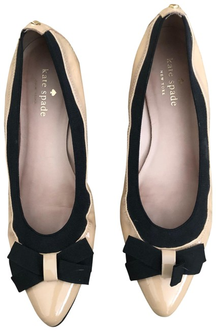 Item - Pink Flats Size US 7 Regular (M, B)