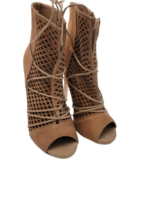 Item - Brown Peep Toe Sandals Boots/Booties Size US 8.5 Narrow (Aa, N)