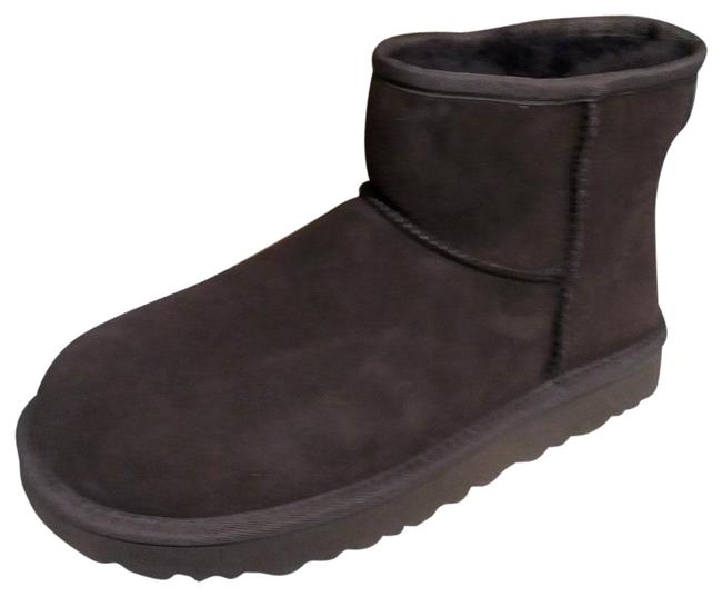 UGG Australia Chocolate Women's Boots/Booties Size US 6 Wide (C, D) UGG Australia Chocolate Women's Boots/Booties Size US 6 Wide (C, D) Image 1