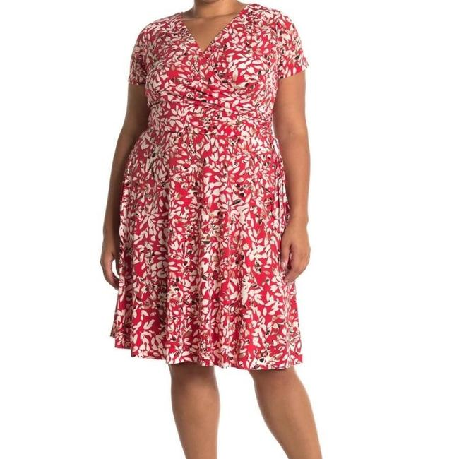 Item - Red and White Printed Faux Wrap 16w Mid-length Short Casual Dress Size 16 (XL, Plus 0x)