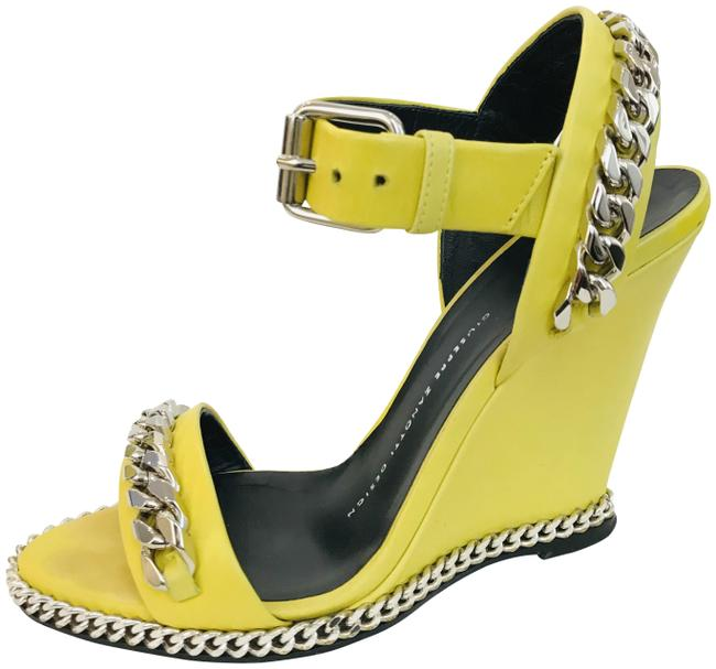 Item - Yellow Chain Link Leather Sandal Wedges Size EU 36 (Approx. US 6) Regular (M, B)