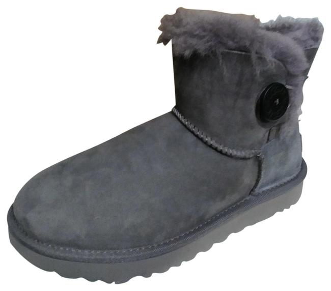 Item - Grey Women's Boots/Booties Size US 7 Wide (C, D)