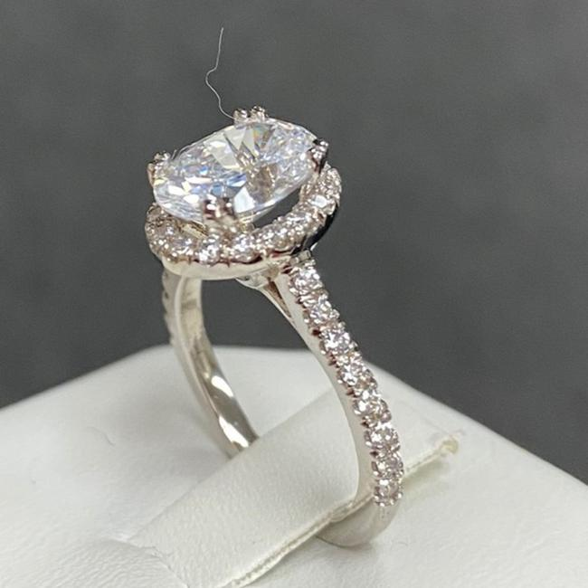 White Gold 14k Solid 2.5ct Oval Engagement Ring White Gold 14k Solid 2.5ct Oval Engagement Ring Image 1