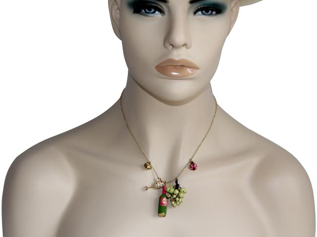 Item - Green Rare Picnic Wine Charm Necklace