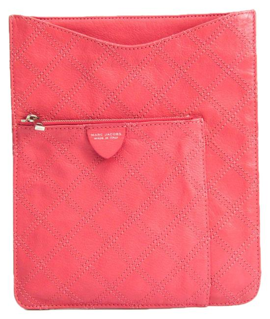Item - Quilting Women's Pink Leather Clutch
