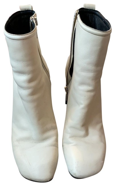Item - White And Women's Ankle Boots/Booties Size EU 38 (Approx. US 8) Regular (M, B)