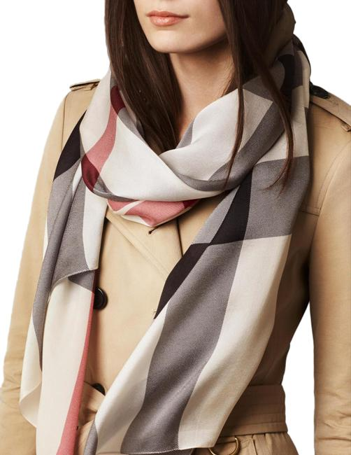 Item - Ivory Check Long Silk Scarf/Wrap