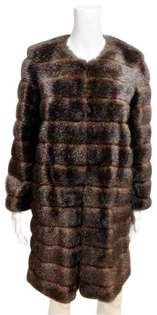 Item - Brown Faux Mink Collarless Coat Size 4 (S)