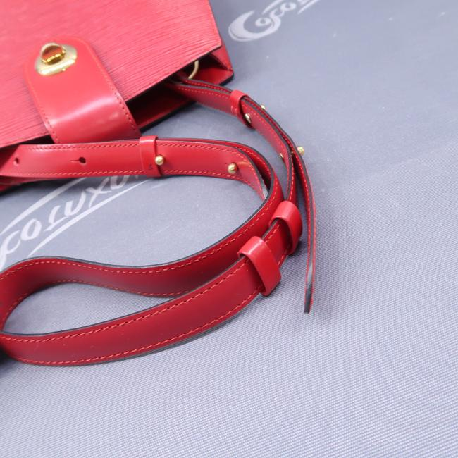 Louis Vuitton Cluny Red Epi Leather Shoulder Bag Louis Vuitton Cluny Red Epi Leather Shoulder Bag Image 5