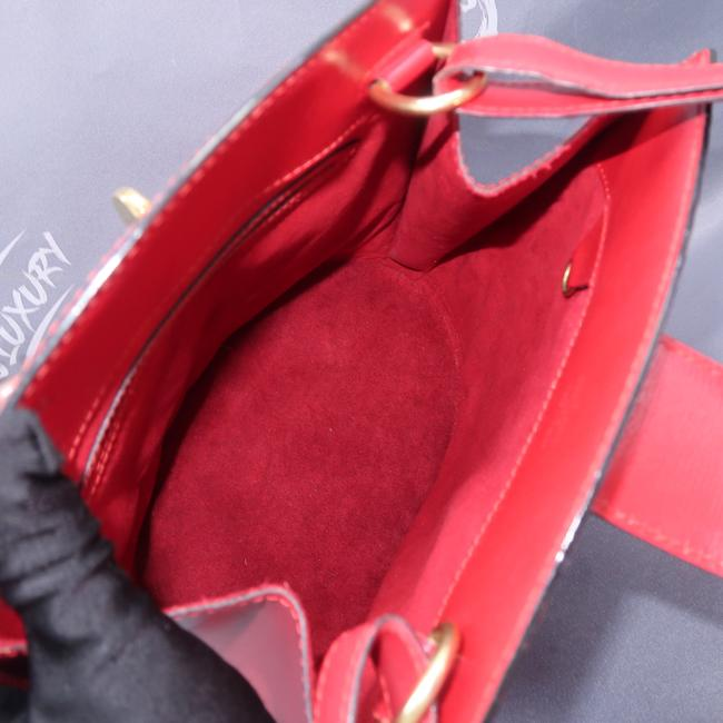 Louis Vuitton Cluny Red Epi Leather Shoulder Bag Louis Vuitton Cluny Red Epi Leather Shoulder Bag Image 9