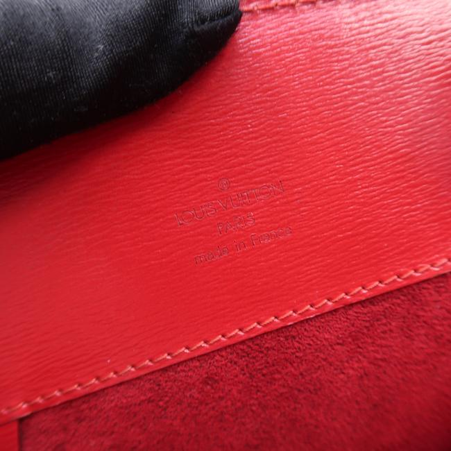 Louis Vuitton Cluny Red Epi Leather Shoulder Bag Louis Vuitton Cluny Red Epi Leather Shoulder Bag Image 10