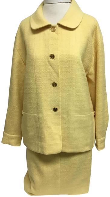 Item - Yellow With Gold Perfume Bottle Buttons Skirt Suit Size 6 (S)