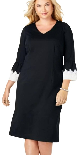 Item - Black Ponte Knit Lace Bell Sleeves Short Casual Dress Size 28 (Plus 3x)