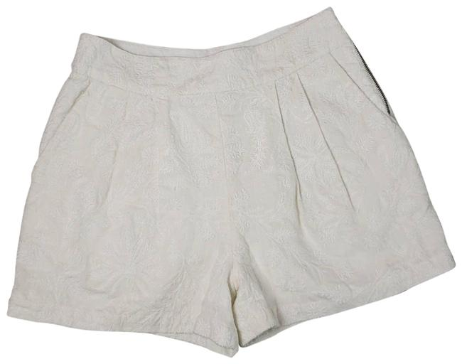 Item - Cream Lisley Embroidered Linen Shorts Size 2 (XS, 26)