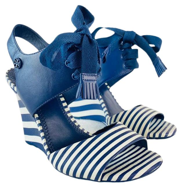 Item - Blue and White Maritime Sandals Size US 5.5 Regular (M, B)