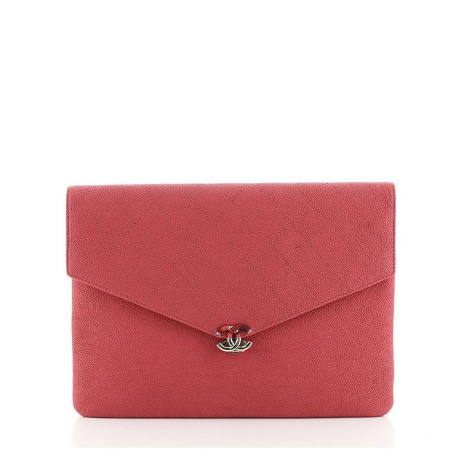 Item - Thread Around Flap Pouch Quilted Caviar Medium Pink Leather Clutch