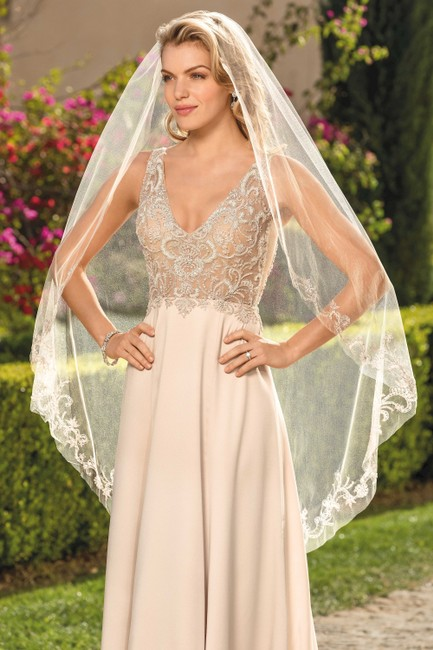 Item - Champagne/ Rose Gold/ Silver Satin 2344 Feminine Wedding Dress Size 6 (S)