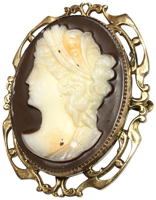 Item - Gold Antique Estate Left Facing Stone Cameo Brooch Pin