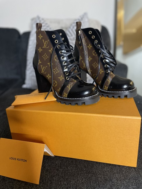 Item - Brown Star Trail Ankle Boots/Booties Size US 10 Narrow (Aa, N)