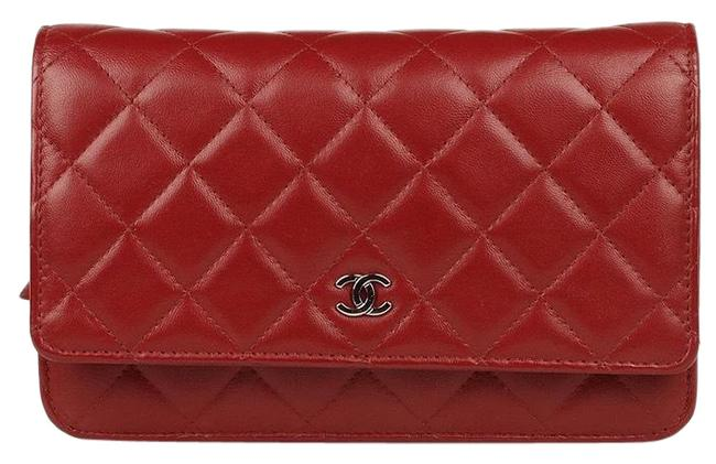 Item - Wallet on Chain (Woc) Quilted with Silver Hardware Red Lambskin Leather Shoulder Bag