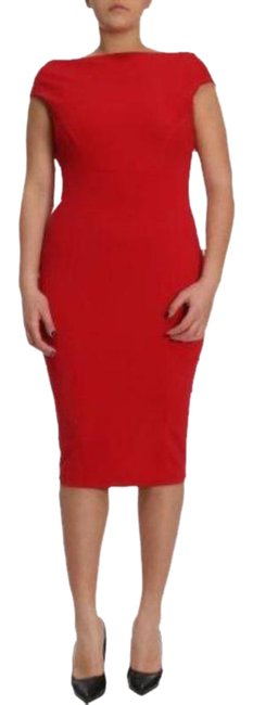 Item - Red Fitted V-back Mid-length Cocktail Dress Size 20 (Plus 1x)