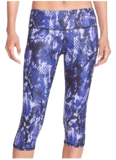 Item - Blue Airbrushed Python Capris Activewear Bottoms Size 2 (XS)