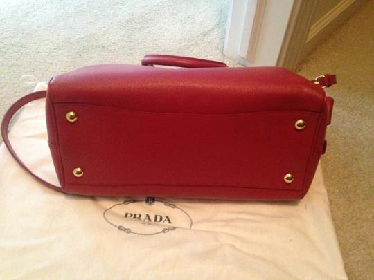 Prada Saffiano Leather Cross Satchel in red Image 3