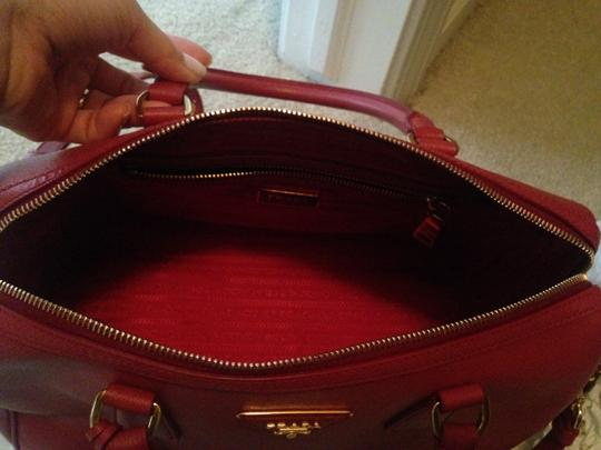 Prada Saffiano Leather Cross Satchel in red Image 5