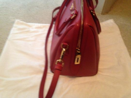 Prada Saffiano Leather Cross Satchel in red Image 7