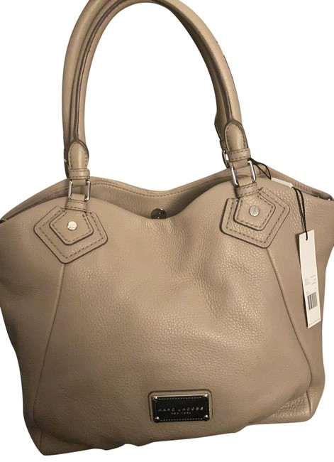 Item - Classic Tote Cement Gray Leather Satchel