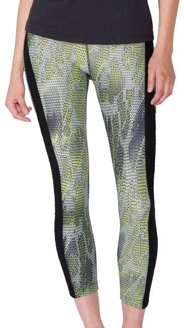 Item - Black Dynamic Duo Rise Radial Small Activewear Bottoms Size 4 (S, 27)