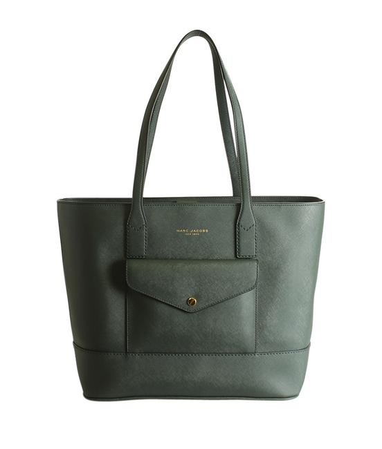 Item - Bag Saffiano Front Pocket (195416) Green Leather Tote