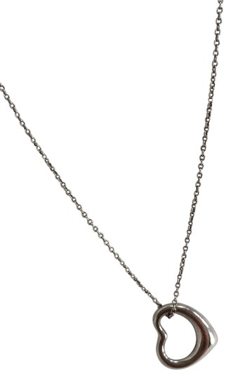 Preload https://img-static.tradesy.com/item/2875195/tiffany-and-co-silver-elsa-peretti-open-heart-pendant-in-sterling-necklace-0-0-540-540.jpg