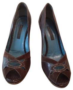 Marc Jacobs Brown Pumps