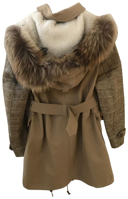 Item - Tan Alligator and Fur Trench Jacket Size 10 (M)