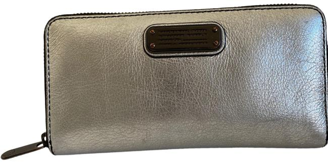 Marc by Marc Jacobs Silver Zip Around Wallet Marc by Marc Jacobs Silver Zip Around Wallet Image 1