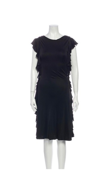 Item - Black W Ruffle W/Plunged Mid-length Night Out Dress Size 4 (S)