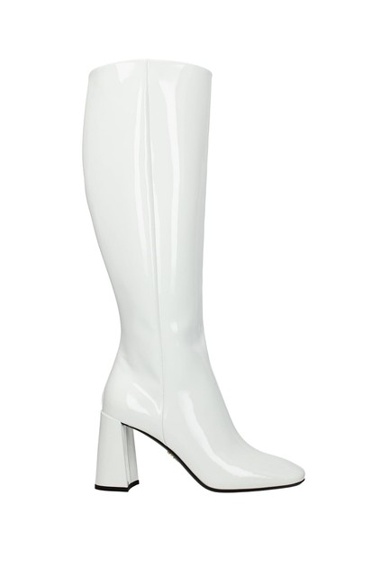 Item - White Women Boots/Booties Size EU 36 (Approx. US 6) Regular (M, B)