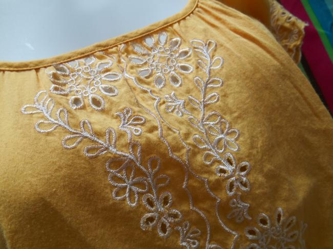 Forever 21 Cotton Pullover Shirt Small 4 6 8 All Cotton Cotton Lace Detail Islet Eyelet Embroidered Embroidery Bohemian Boho Top Golden Yellow Image 3