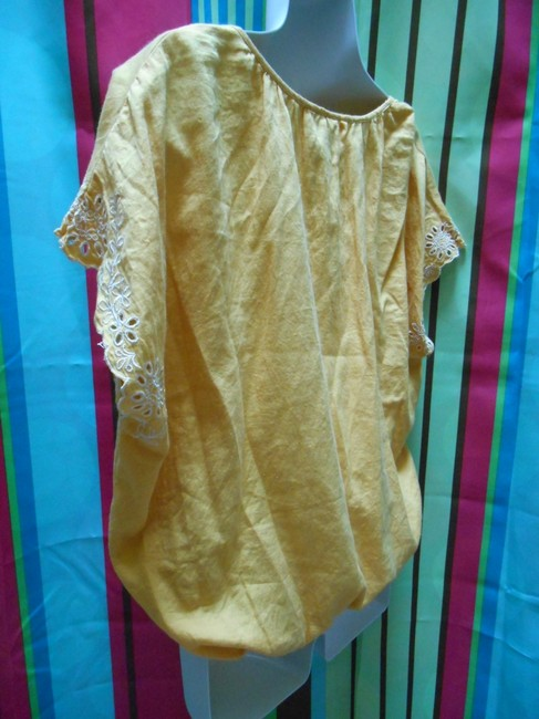 Forever 21 Cotton Pullover Shirt Small 4 6 8 All Cotton Cotton Lace Detail Islet Eyelet Embroidered Embroidery Bohemian Boho Top Golden Yellow Image 7