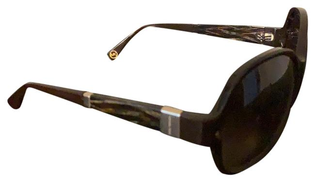 Item - Brown With Case Sunglasses
