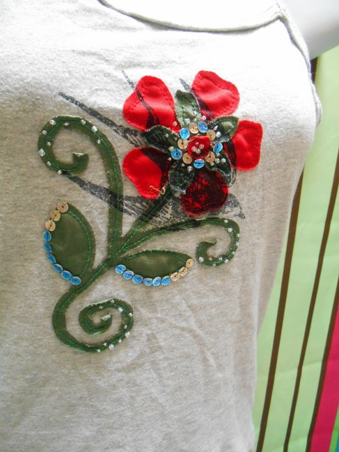 Ivy & Moon Nordstrom Girls Juniors Xl 16 Extra Small Womens Embellished Artsy Coachella Art Summer Shirt Spaghetti Straps Cotton Top Gray with Multi Color Image 1